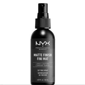 NYX Matte Finish Setting Spray * $5 Bundle Add On